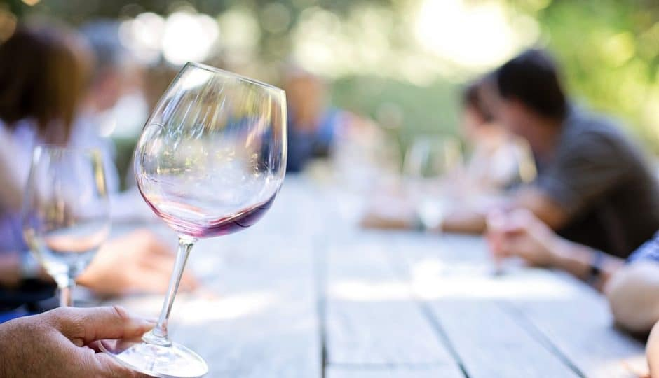 Organiser une soirée dégustation vin